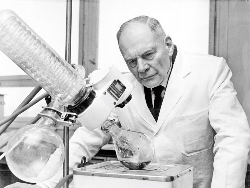 Paul Schlack 1897-1987. Polyamid66